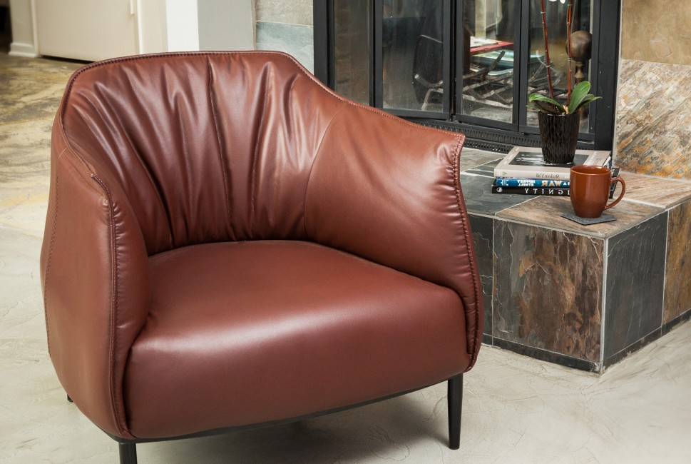 Christopher Knight Home Chesterfield Tufted Leather Armchair (Set Of 2)