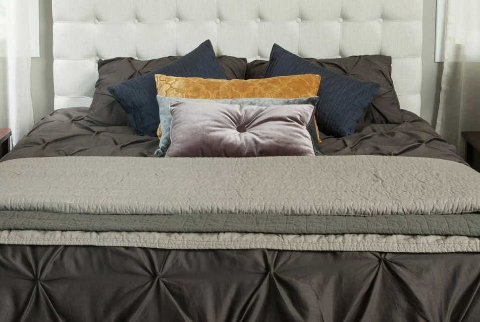 Christopher Knight Home Morris Tufted Adjule Headboard